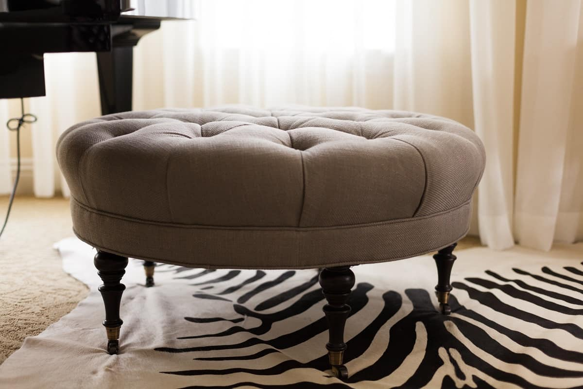 Best Ottoman Bench – Our Pick of the Best