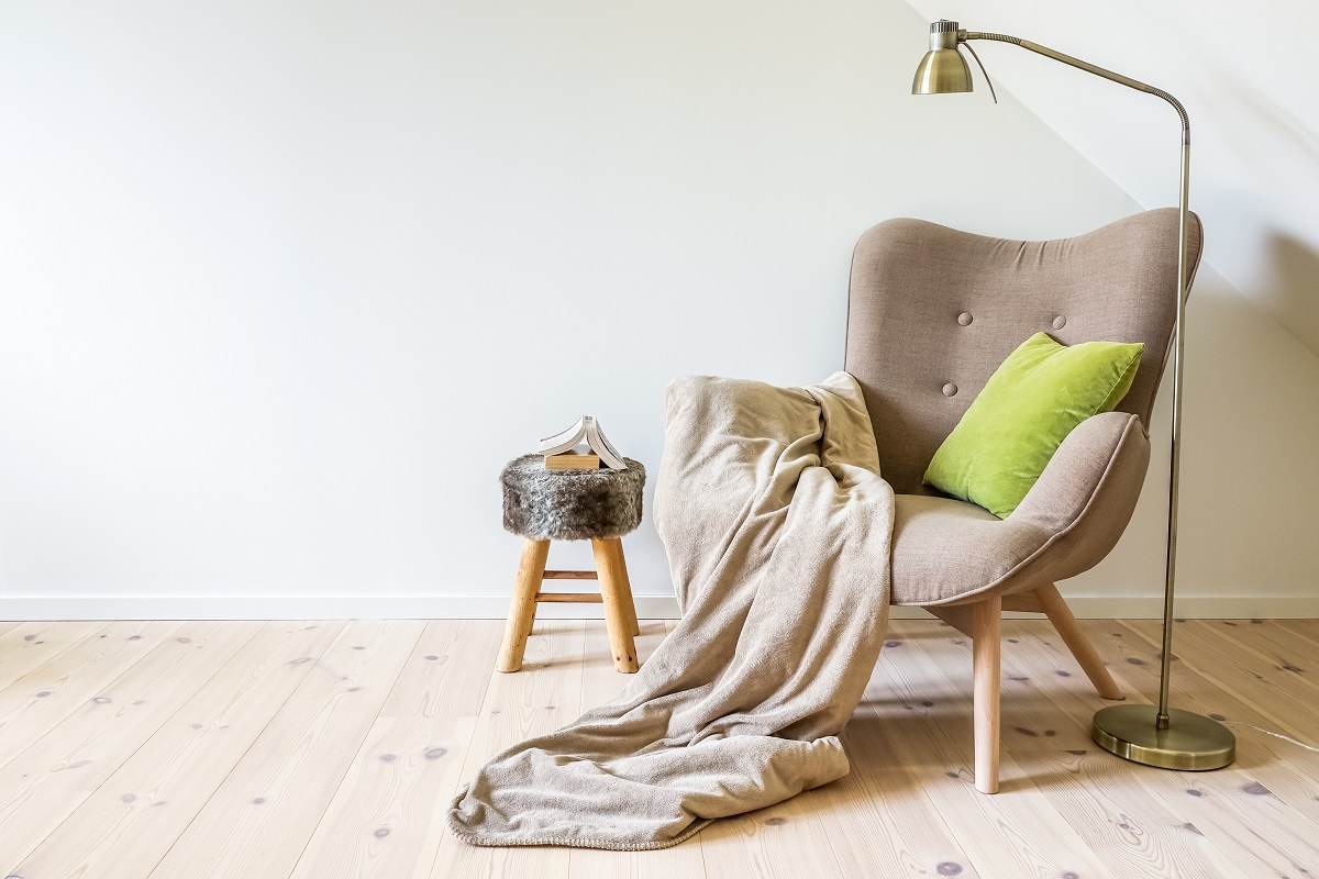 Best Reading Chairs That are Practical and Comfortable